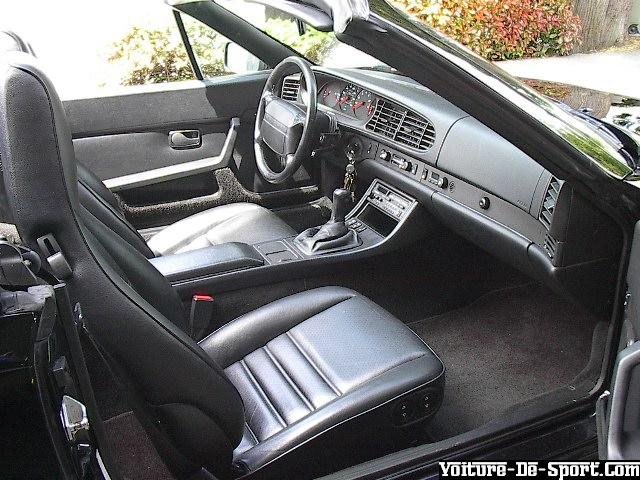 Voiture de sport 944 porsche 944 cabrio 1990 interieur for Porsche 944 interieur